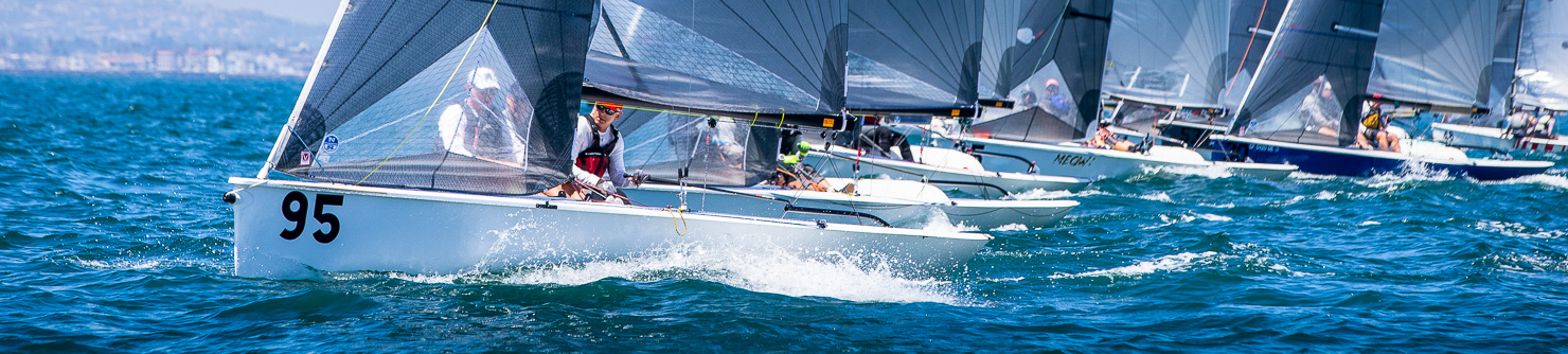 Vipers sailing just off the starting line at the Long Beach Worlds in 2019
